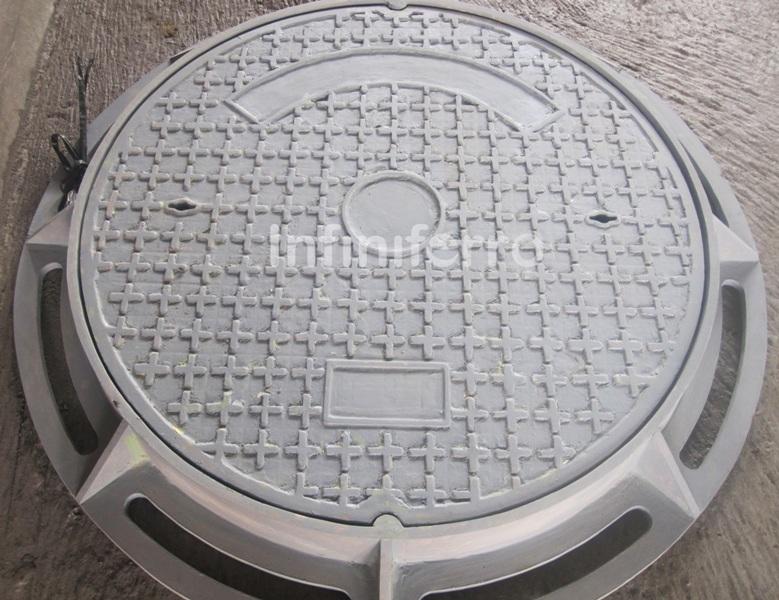 Manhole cover for power plant